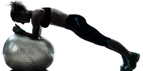 träna med pilatesboll